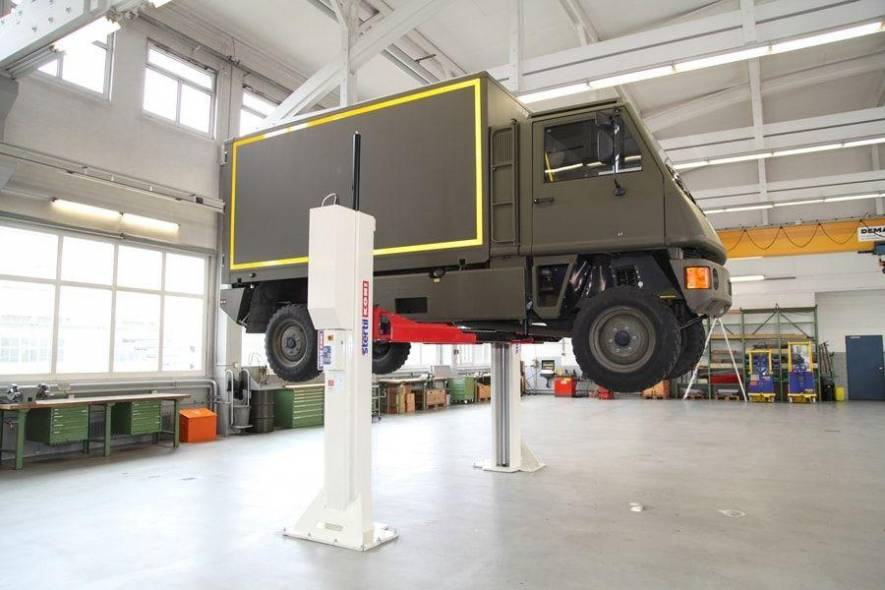 Heavy Duty 2-Post Workshop Lift